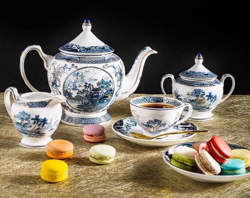 Bộ trà Minh Long Hoàng Cung Sen Ngọc 0.8L