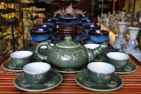 Bộ ấm trà, Bộ ấm trà Bát Tràng Men Bóng Quai C Lòng Trắng