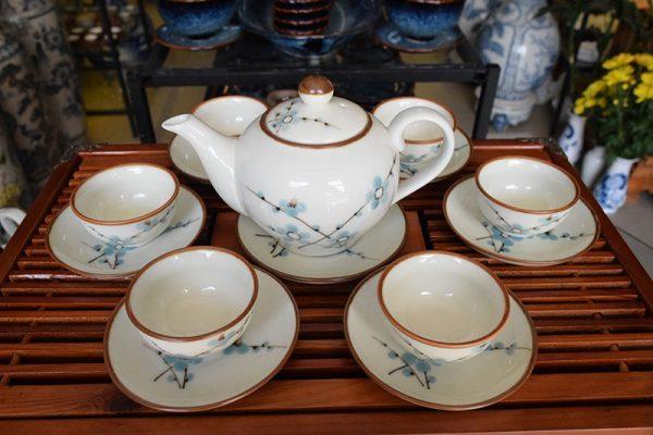 Bộ ấm trà, Bộ ấm trà Bát Tràng Men Bóng Vẽ Hoa Đào