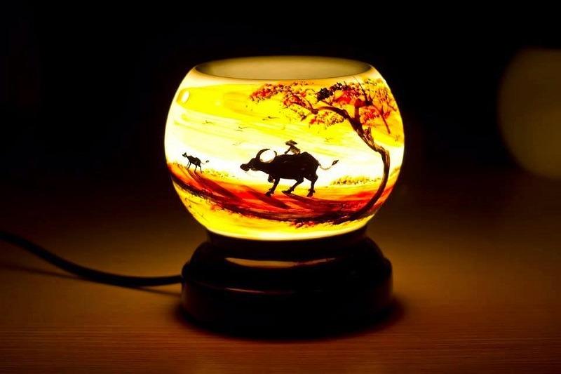 Dùng đèn xông tinh dầu có tốt không?