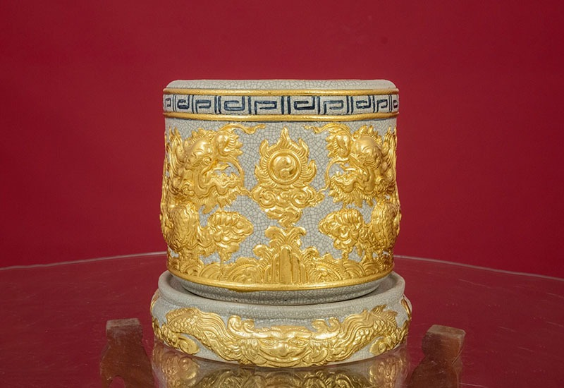 Bát Hương Bát Tràng Men Rạn Đắp Nổi Rồng Vàng