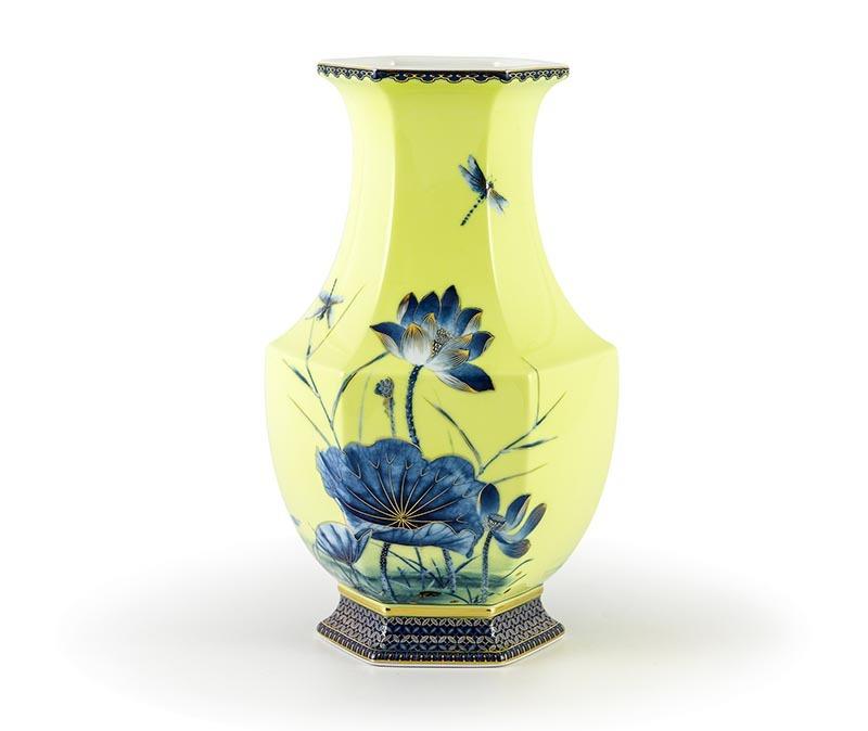 Bình hoa Minh Long, Bình hoa Minh Long Lộc Phát - Sen Vàng Nền Vàng - Cao 28cm