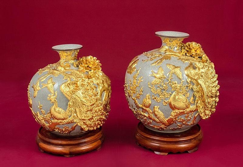 Cặp Bình Hoa Tài Lộc Chim Công Vàng