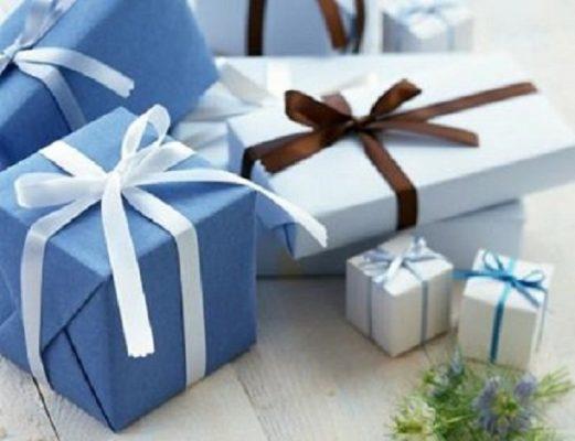 Mua quà tặng đại hội ý nghĩa độc đáo giá rẻ ở đâu tốt?