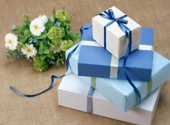 Quà tặng khai trương cửa hàng | Top 10 quà tặng khai trương cửa hàng đẹp nhất
