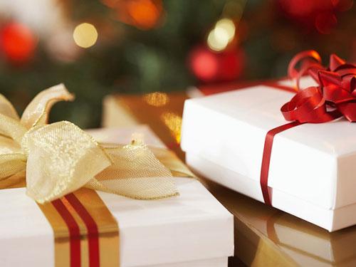Quà tặng doanh nghiệp quận Bình Thạnh phù hợp cho khách hàng và đối tác