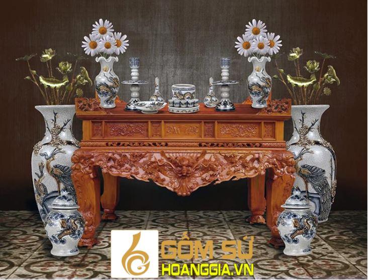Hướng đặt bàn thờ tuổi Đinh Tỵ phù hợp với bản mệnh nhất